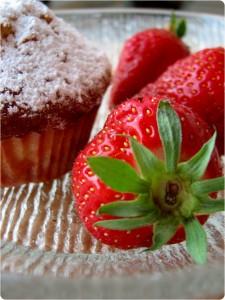 Kokos- og jordbærmuffins