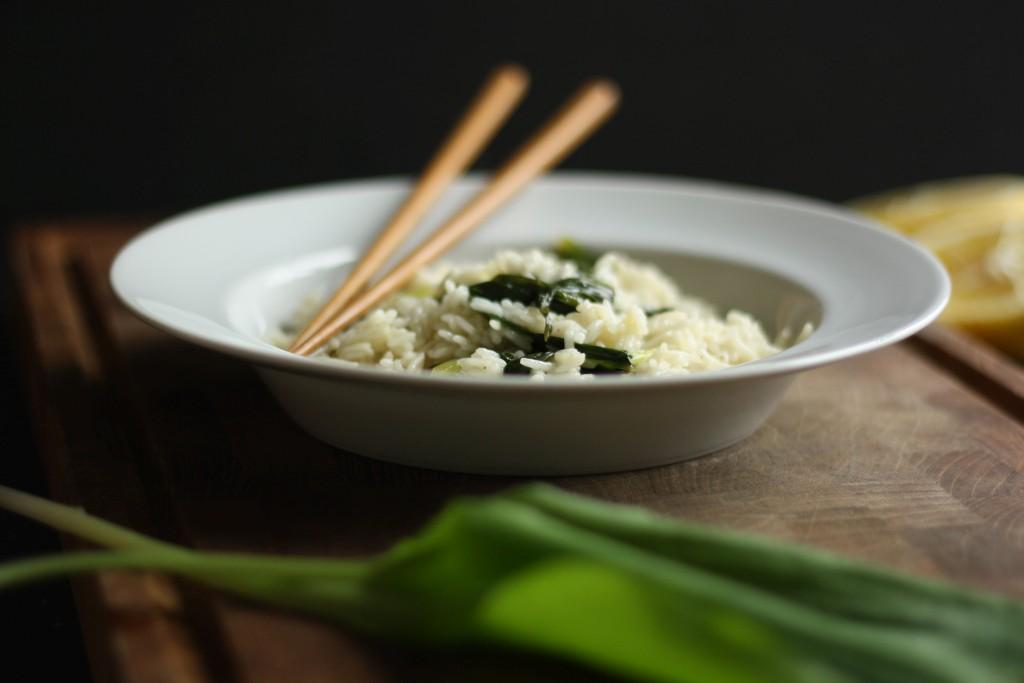 Stegte ris med ramsløg