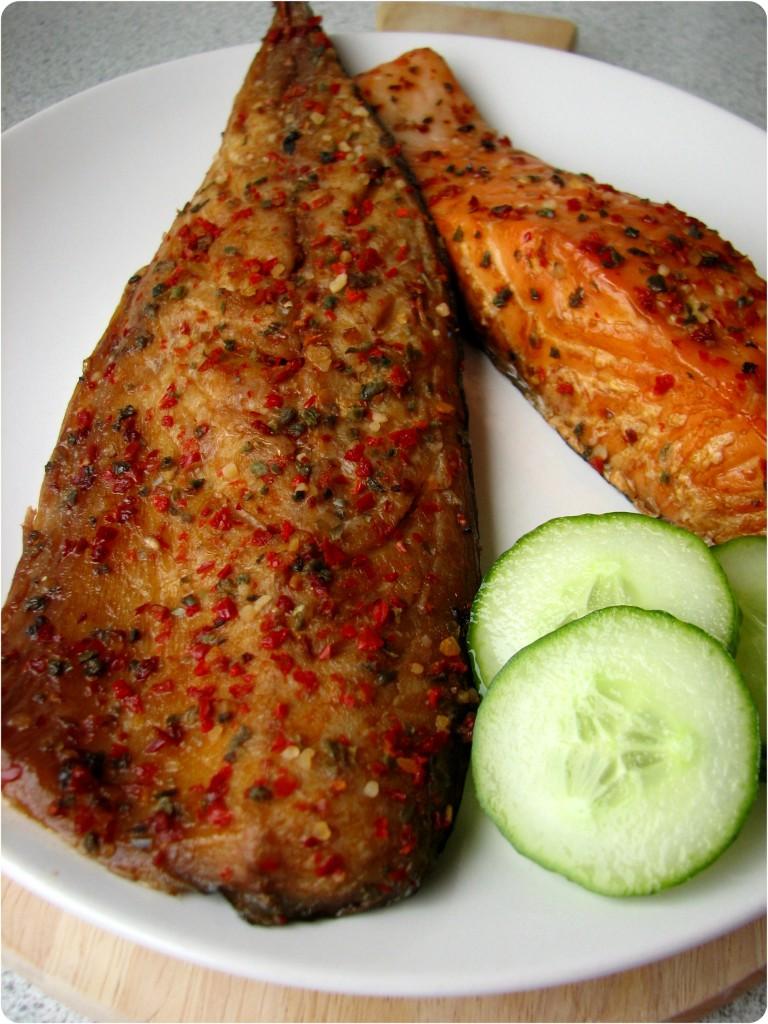Røget makrel og laks fra fiskehandleren