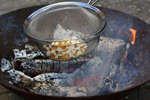 Popcorn på bål
